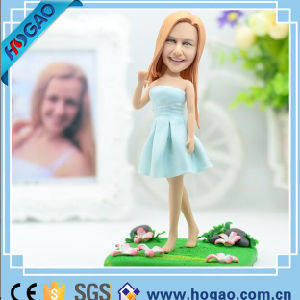 Resin Bobble Head One Pretty Girl Decoration pictures & photos