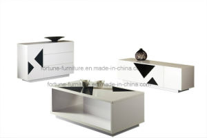 Modern Furniture/Wooden UV High Gloss Coffee Table with Glass Decoration pictures & photos