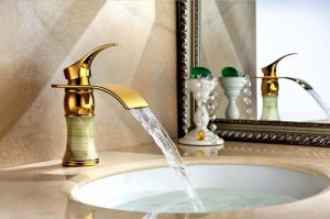 Golden Color Bathroom Basin Tap with Jade (SD-L-006B) pictures & photos