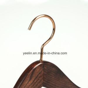Regular Customized Rose Gold Metal Hook Wooden Clothes Hanger (YL-a015) pictures & photos