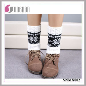 2015 Winter Snowflake Spelled Color Elk Leg Warmers Knitted Socks pictures & photos