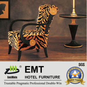 Fashionable Color Hotel Wooden Chair (EMT-002) pictures & photos