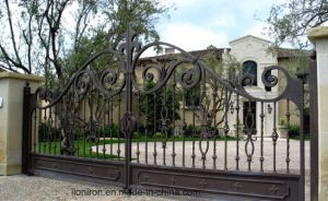 Hand-Crafted Elegant Wrought Iron Driveway Gates pictures & photos