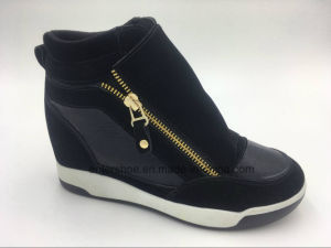 Canvas Lace up Ladies Height-Increasing Shoes (ET-XK160235W) pictures & photos