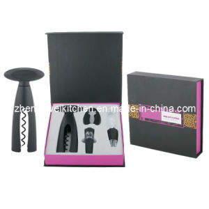 Gift Box with Wine Accessories (608731) pictures & photos