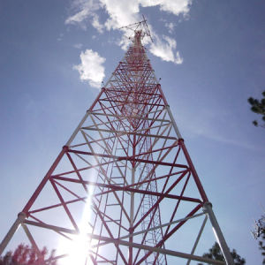 Three Legs Steel Lattice Pipe Microwave Telecommunication Tower Manufacturer pictures & photos