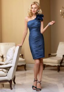 Ruffled One Shoulder Taffeta Homecoming Bridesmaid Fashion Gowns (FD3017) pictures & photos