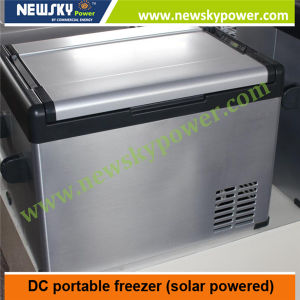 China 70L 90L DC 12V 24V Camping Portable Car Freezer pictures & photos