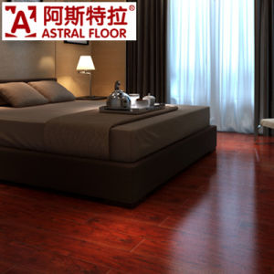 E1 AC3/AC4 Competitive Price HDF Wooden Laminated Flooring pictures & photos