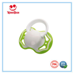 FDA Approved Newborn Baby Pacifier pictures & photos