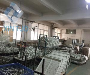 Adjustable Hospital Beds Medical Equipment Furniture 3 Crank Manual pictures & photos