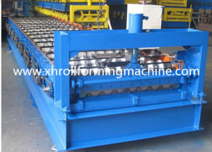 Trapezoidal Sheet Roof Tile Roll Forming Machine (XH750) pictures & photos
