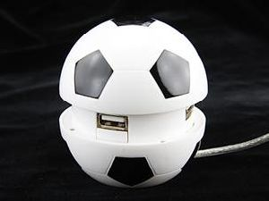 Football Shape 4 Ports USB 2.0 Hub Style No. Hub-082 pictures & photos