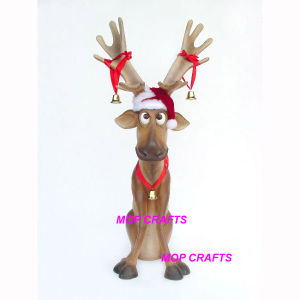 Fiber Glass Large Size Sitting Reindeer Statue Crafts pictures & photos