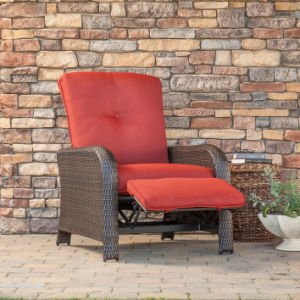 Well Furnir Luxury Recliner Chair with Cushions pictures & photos