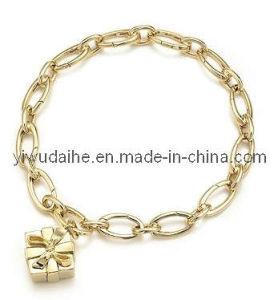 Fashion Alloy Gift Box Charm Bracelet (ALBA-2216)