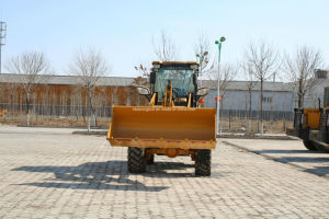 Small Wheel Loader with Ce Approved 2ton Loader Zl33 pictures & photos