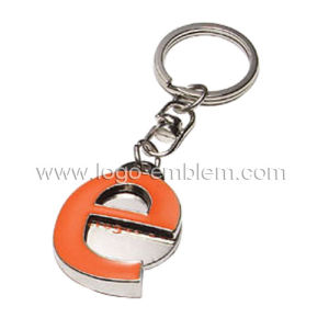 Factory Price 3D Logo Design Hot Selling Key Chain pictures & photos
