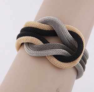 Jewellry Wholesale Quality Simple Metal Braided Fashion Charm Bracelet Jewelry pictures & photos