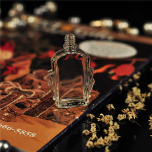 Crystal Glass Perfume Bottle Supplier pictures & photos