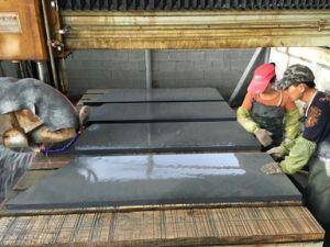 G654 Padang Dark Grey Granite Basalt Paving Stone pictures & photos