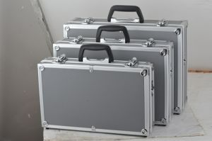 Ningbo Offer Cheap Aluminum Silver Briefcase pictures & photos