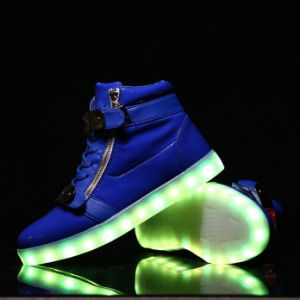 High Top USB Charging Flashing Sneakers with Custom Color pictures & photos