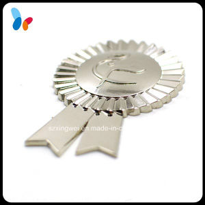 Custom Fashion Silver Alloy Medal Badge pictures & photos