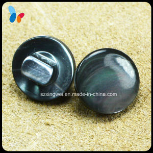 Nature Button Pearled Flat Cap Shell Shank Button pictures & photos