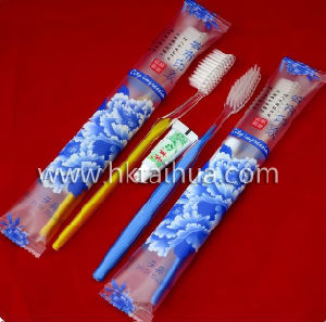 Exquisite Disposable Hotel Amenity Set with Th-Hotel008 pictures & photos