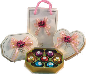 Creative Chocolate Box / Chocolate Bag with Tray and Ribbon pictures & photos