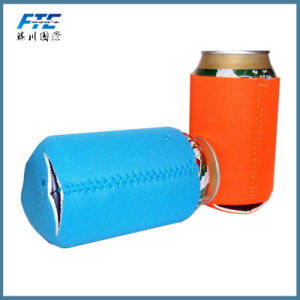 Magnetic Can Cooler Holder in Neoprene Material pictures & photos