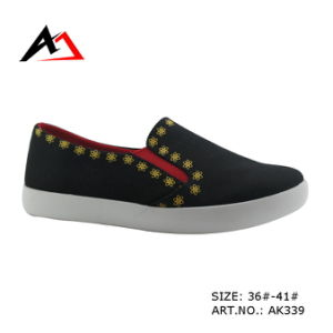 Injectton Shoes Fashion Canvas Casual Footwear for Women (AK339) pictures & photos