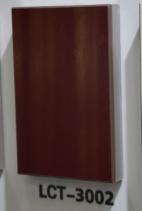 Singapore Favor Dark Red Color PETG Film Finished MDF (LCT3002) pictures & photos