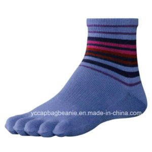 Stripe Footie Men′s Funny Cheap Custom Toe Sock pictures & photos