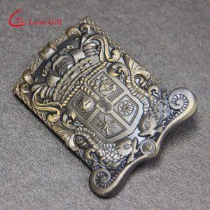 Wholesale Custom Anitique Brass Classical Pin Badge for Souvenir pictures & photos