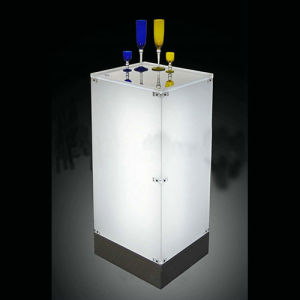 LED Acrylic Wine Tasting Display Stand pictures & photos