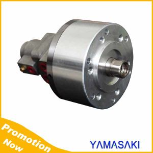 Short Type Rotary Hydraulic Cylinder with Coolant Connection and Safety Device pictures & photos