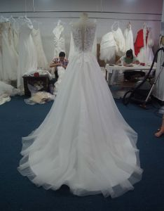 Nice Pure A-Line Flower Dress Wedding with Court Train pictures & photos