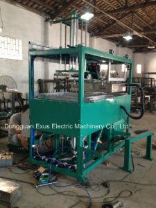 Blister Vacuum Forming Machine pictures & photos