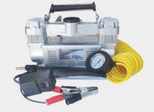 4X4 Heavy Duty Air Compressor Air Compressor Truck Tire Pump 12V Car Inflator pictures & photos