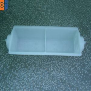 Hj5210 4.7L Plastic Elevator Buckets pictures & photos