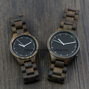2017 Hot Customized Couple Wood Watch for Man and Lady pictures & photos