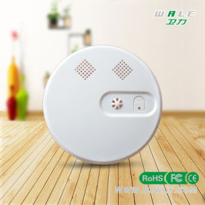Long Detection Distance Wireless Smoke Alarm with ABS Material pictures & photos