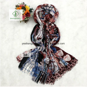 New Fashion Lady Scarf with Maple Leaf Printed Shawl pictures & photos