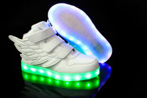 Kids LED Shoes 2016 LED Shoes Clip Safety Light for Runners pictures & photos