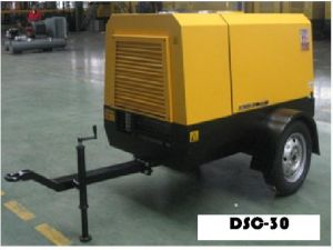 100cfm 100psi Diesel Screw Compressor pictures & photos