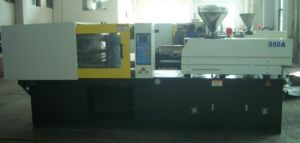 Plastic Injection Moulding Machine (950A)