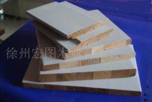 Western Red Cedar Moulding pictures & photos