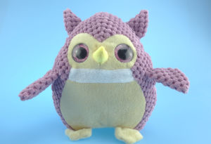 Stuffed Plush Owl Toy in Purple pictures & photos